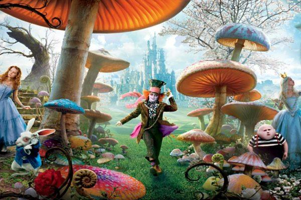 6919772-alice-in-wonderland-movie-poster