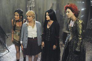 Pretty-Little-Liars-Halloween-Episode-Pictures