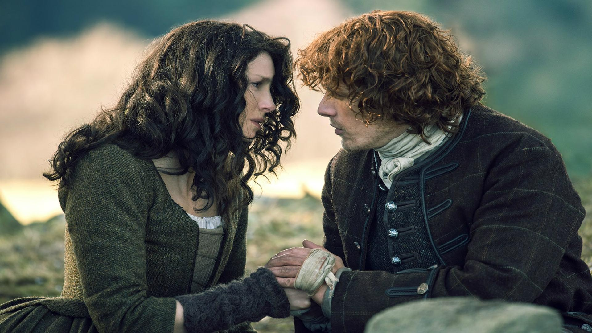 top-5-moments-in-outlander-season-finale-dragonfly-in-amber-1053420