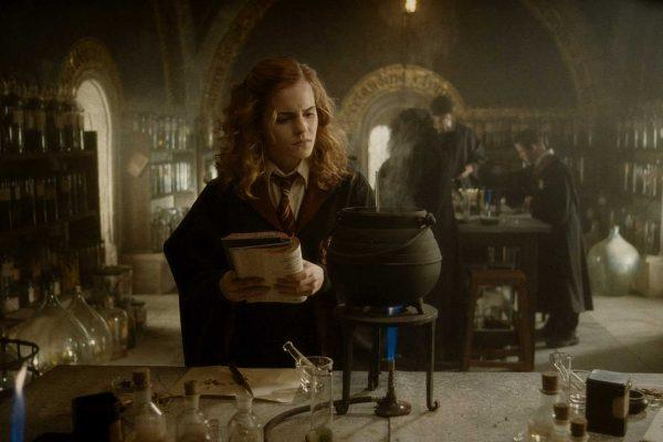 HP6-FP-00478 EMMA WATSON as Hermione Granger in Warner Bros. PicturesÕ fantasy adventure ÒHarry Potter and the Half-Blood Prince.""